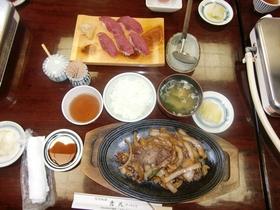 バラ焼き定食_R.jpg